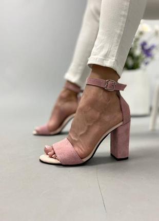Босоножки на каблуке1 фото