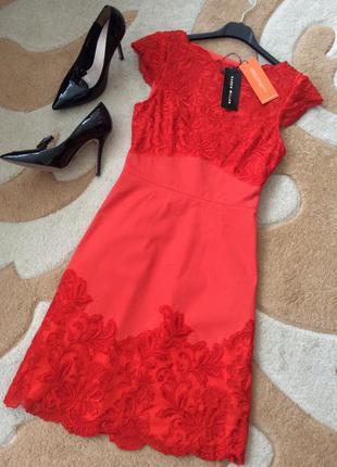 Вышивка. вечернее нарядное коктельное платье. размер xs