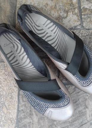 Новые женские балетки clarks 37,5 - 38 р. кожаные туфли оригинал