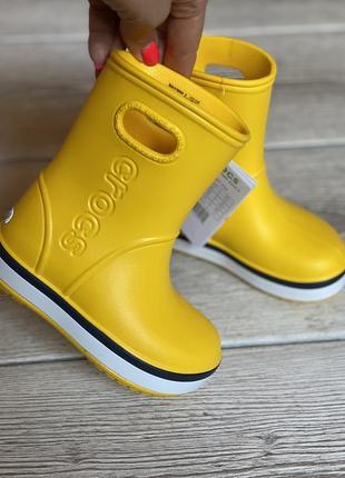Желтые резиновые сапоги crocs c7 гумачки гумові чобітки крокс