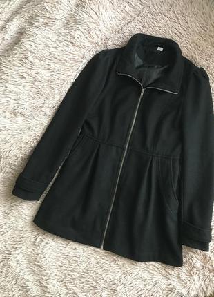 Стильное чёрное пальто 60% шерсть