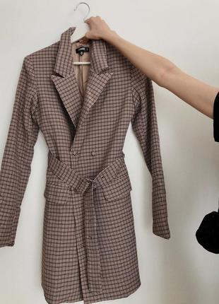 Сукня-жакет/платье-пиджак misshuided