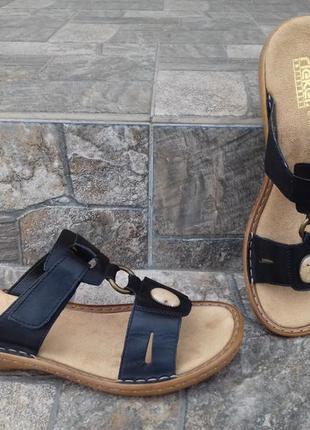 Женские шлепанцы rieker 39,5 - 40 р. кожаные босоножки сандалии clarks