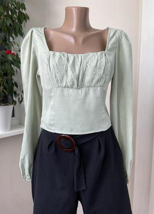 Укороченый топ блуза