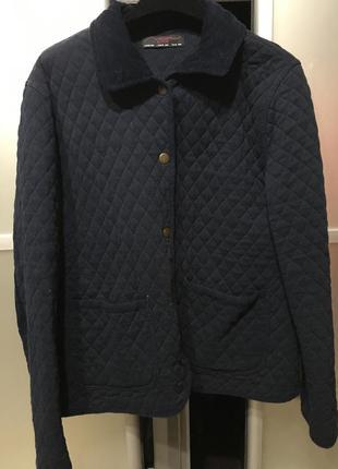 Трикотажна курточка