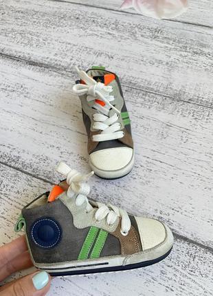 Крутые кожаные кроссовки кеды хайтопы размер 21(12,7см стелька)