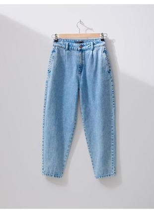 Новые стильные светлые джинсы  мом балоны тренд сезона house uk 38 m