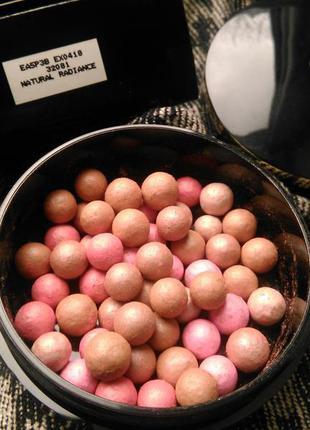 Румяна в шариках giordani gold2