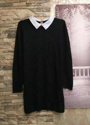 Теплое платье туника  с белым воротничком от atmosphere 12-14 р