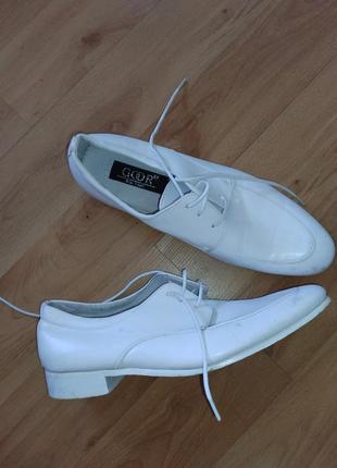 Кожанве туфли goor