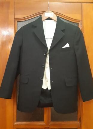 Піджак+жилет ,,antonio villini,,