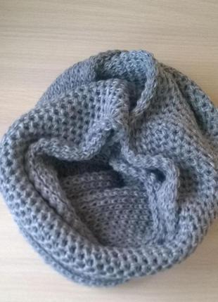Женский шарф-хомут
