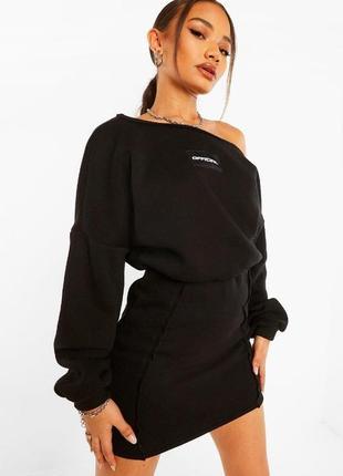 Сукня-толстовка з косим вирізом горловиною boohoo