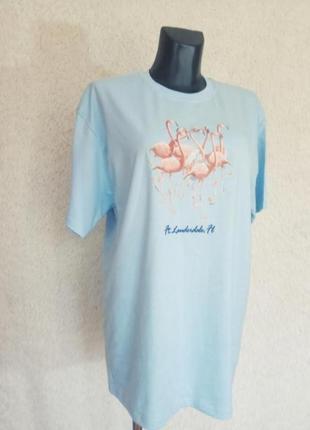 Голубая футболка без боковых швов