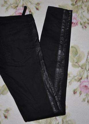 Шикарні чорні джинси