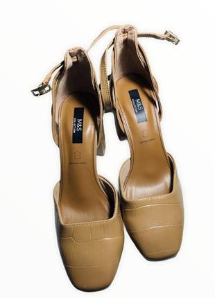 Босоножки туфли кожаные