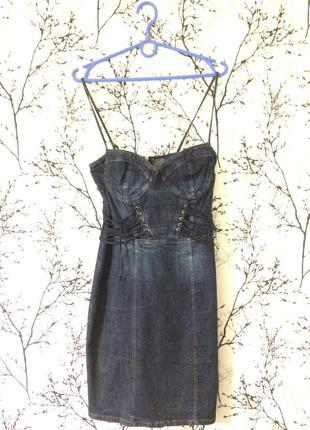 Stradivarius джинсовое платье сарафан бюстье