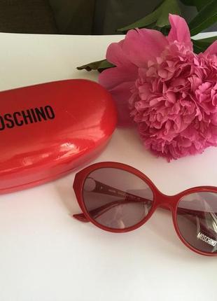 Распродажа фирменные солнцезащитные очки  оригинал