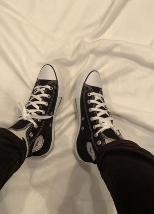 Кеды converse высокие черные, с белой резиной