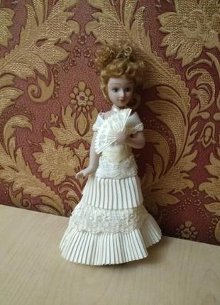 Фарфоровая кукла леди уиндермир.