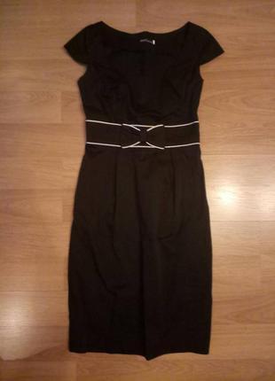 Классическое платье черного цвета