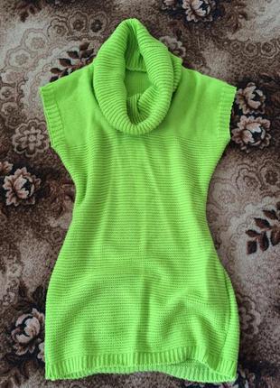 Красивое актуальное короткое теплое платье zara