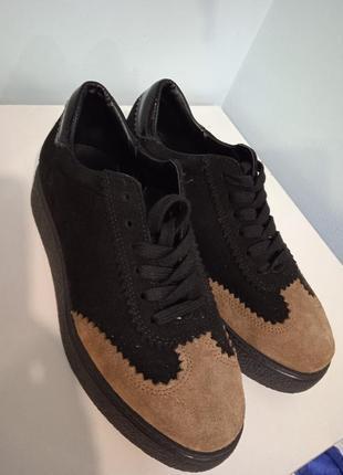 Туфли на шнурках из воловьей шкуры