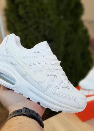 Женские спортивные кроссовки
