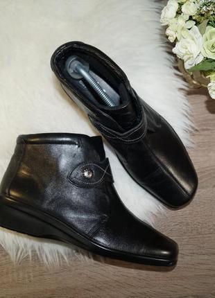 (42р./27,5см) hotter! кожа! комфортные ботинки на низком ходу на липучках