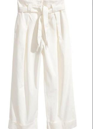 Хлопковые белые брюки укороченные а с отворотом вот h&m