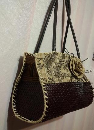 Легкая сумочка из соломки (эксклюзив)