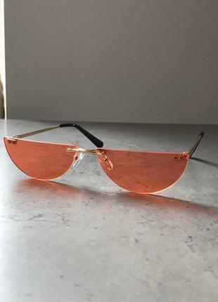 Оранжевые стильные очки без оправы половники по скидке распродажа имиджевые