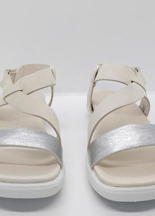 Стильные полностью кожаные сандалии босоножки ecco simpil оригинал