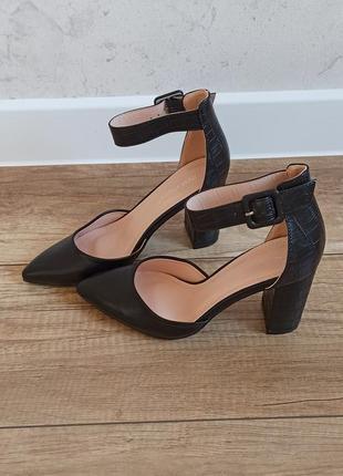 Туфли осенние 35