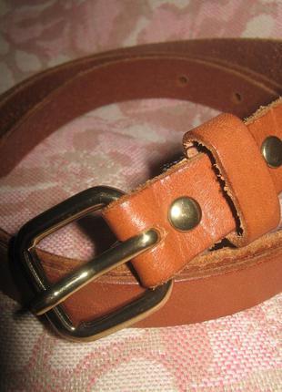 Тонкий кожаный ремень h&m.