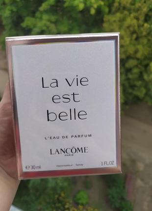 Оригинальный парфюм по скидке  la vie est belle