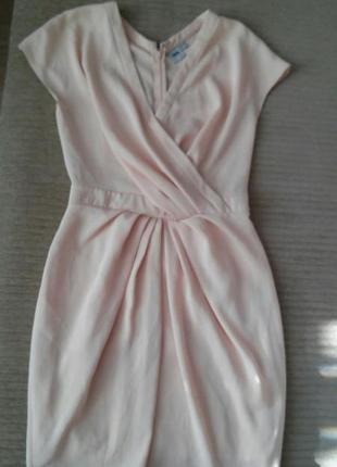 Коктейльное платье нежно-розового цвета айвори