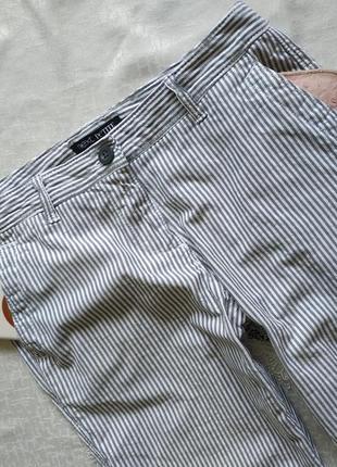 Хлопковыештаны джинсы в полоску с боковыми карманами