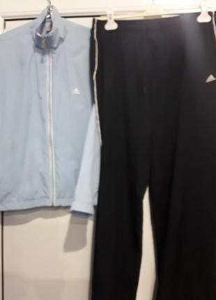 Спортивный костюм adidas в идеальном состоянии