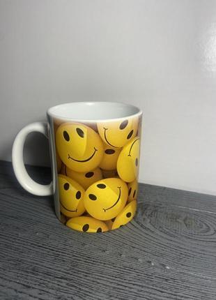 Чашка «смайлики»