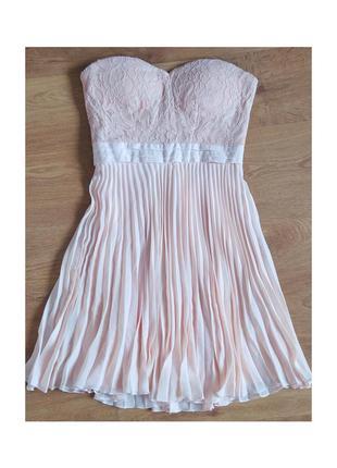 Платье гипюрный корсет и плисированная ткань снизу