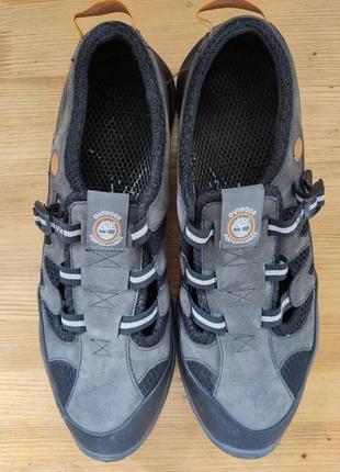 Лёгкие кроссовки, мокасины