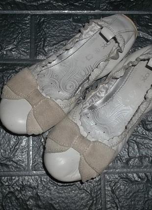 Полностью кожаные туфли балетки для девочки geox рр. 34 = 21,5 см