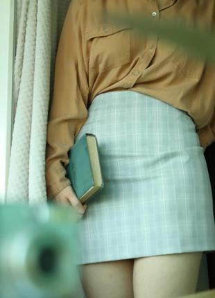 Сіра спідниця юбка в клітинку h&m