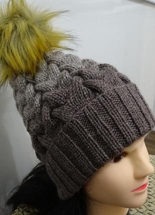 Новая зимняя вязаная шапка градиент с отворотом и меховым бубоном