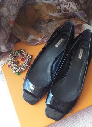 Чёрные лаковые туфли miu miu,люкс,оригинал