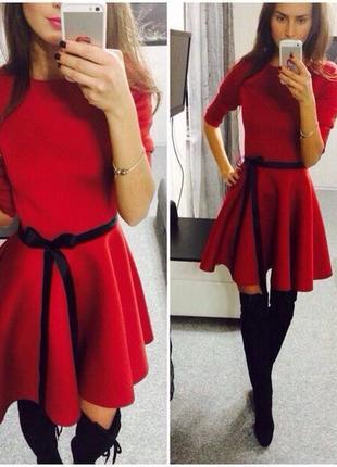 Платье с неопрена