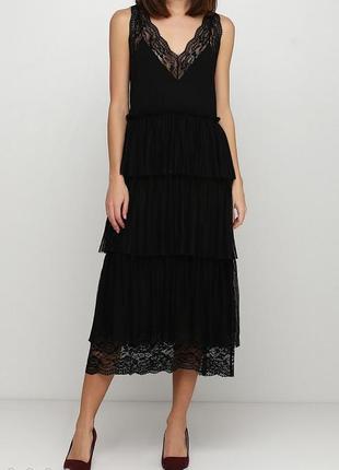 Красивое кружевное вечернее платье миди плиссе h&m.