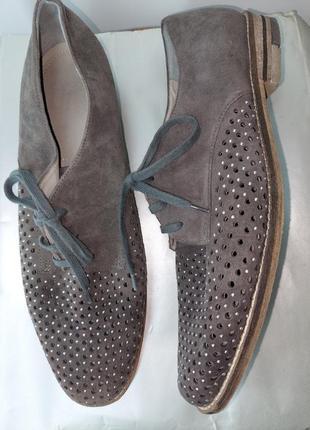 Замшеві туфлі на шнурках