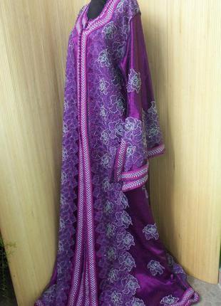Кафтан расшитый бисером и атласная абая /нарядное длинное платье m/l